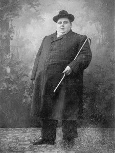 Obese_man_early_20th_century